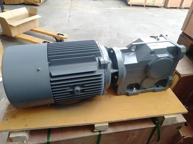 KA型减速机,1转减速机,空心轴减速机.jpg