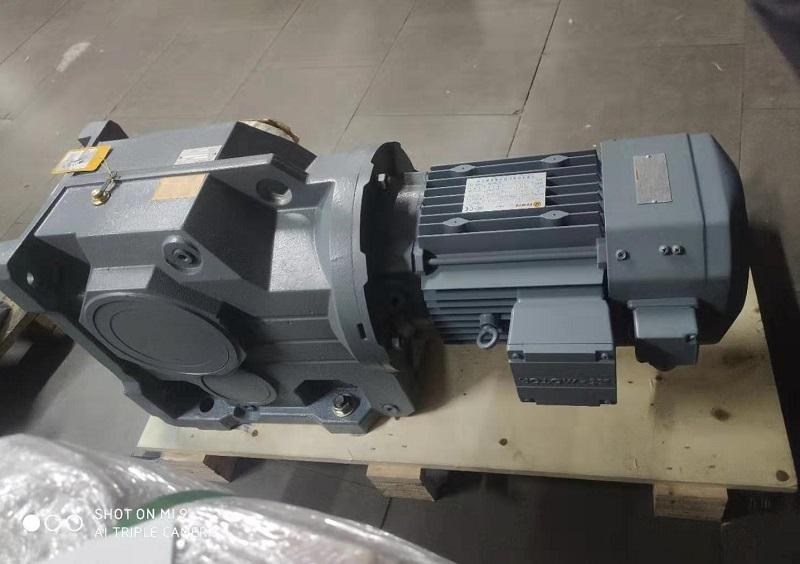 KAF107减速机,11KW减速机,电机减速器,中空减速机.jpg