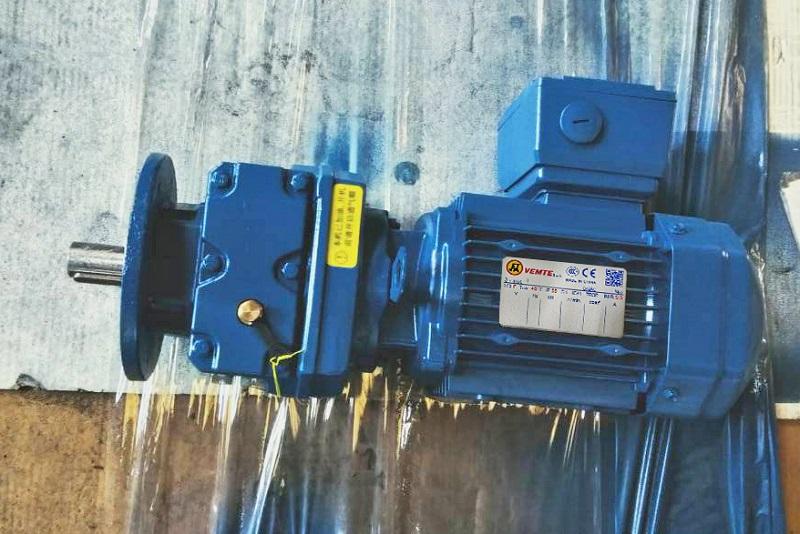 卷闸门减速机,电机减速器,自锁减速机.jpg