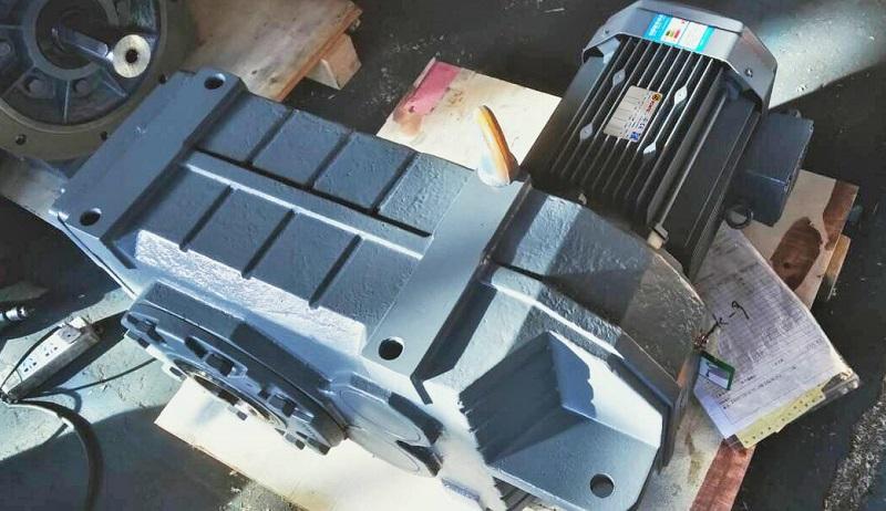 生产线减速机,齿轮减速马达,搅拌器减速机.jpg