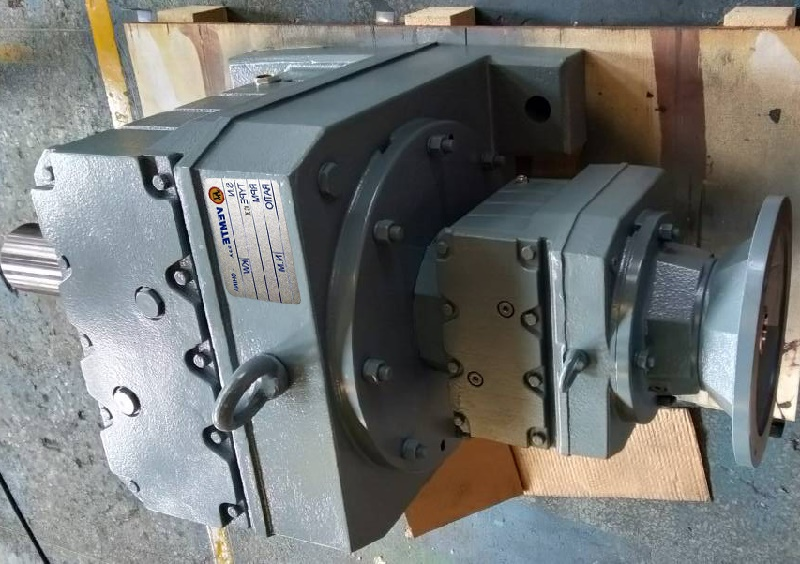 R57R37系列减速机型号.jpg