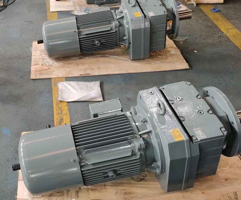 减速机带2400W电机.jpg