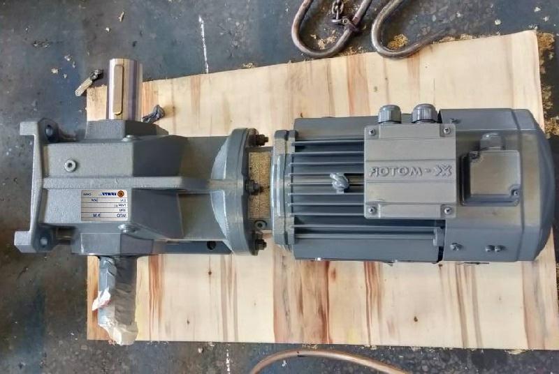 K系列减速机带0.25KW电机.jpg
