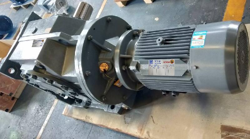 K系列减速机配0.55KW电机.jpg