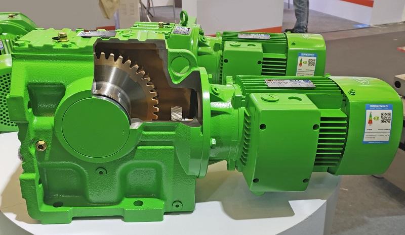 7.5KW电机减速机,注塑机减速机.jpg