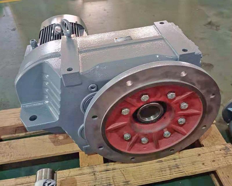 37KW电机减速机,吹膜机减速机,减速机电机选型样本,37000W减速电机.jpg